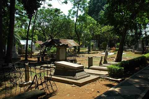 Taman Prasasti - Park of Memorial Stones