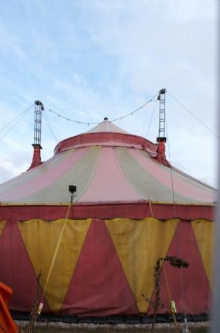Shake! Das Zelt am Ostbahnhof