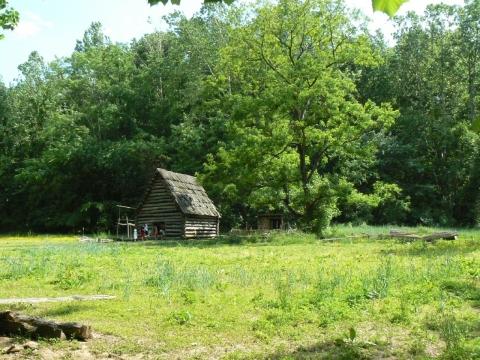 Claude Moore Colonial Farm