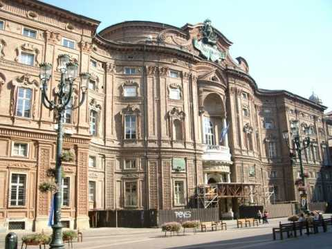 Piazza e Palazzo Carignano